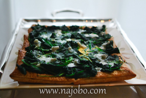 Spinach puff pastry, egg, gorgonzola