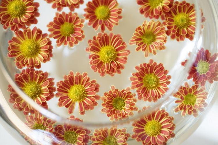 flowersonthetable2